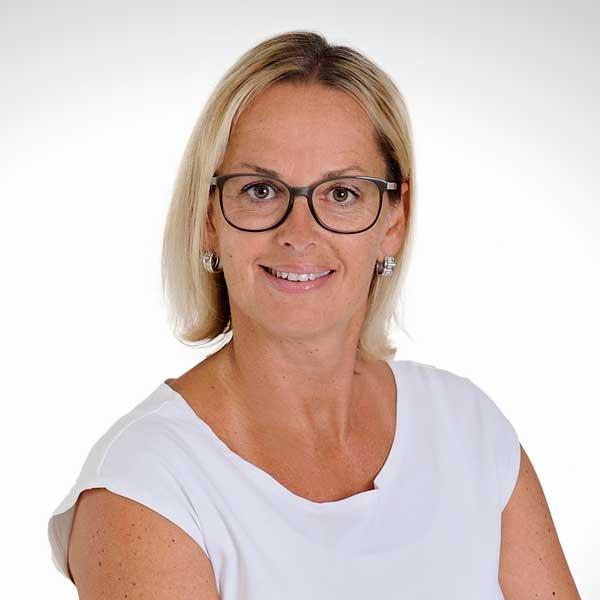 Sabine Paveza-Posch, Auto & 2 Rad Posch GmbH